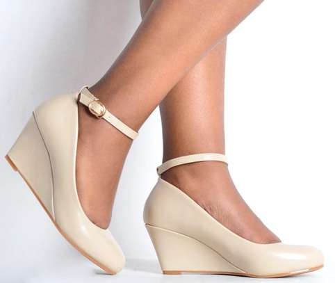 Brand new Wedge shoes image 3
