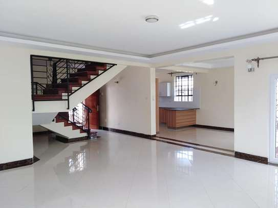 Elegant Magnificent Three Bedroom In Kasarani ICIPE Near Kasarani Police Station image 2