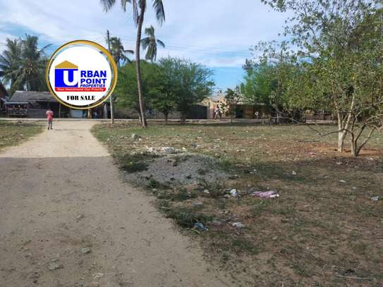 land for sale in Shanzu image 1