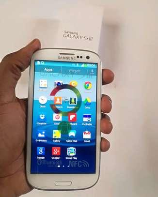 Samsung Galaxy S3 16gb image 3