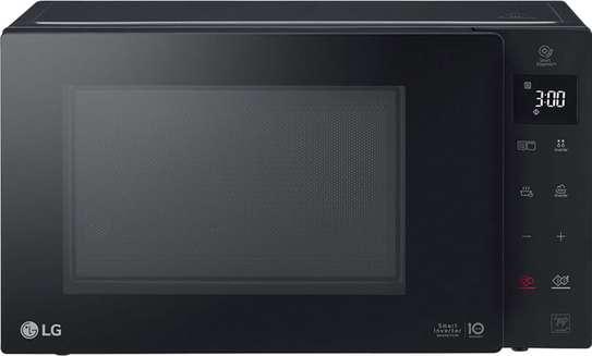 LG Microwave image 2