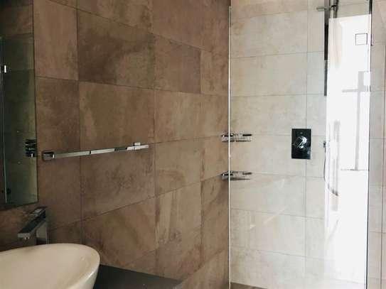 1 bedroom apartment for rent in Westlands Area image 4