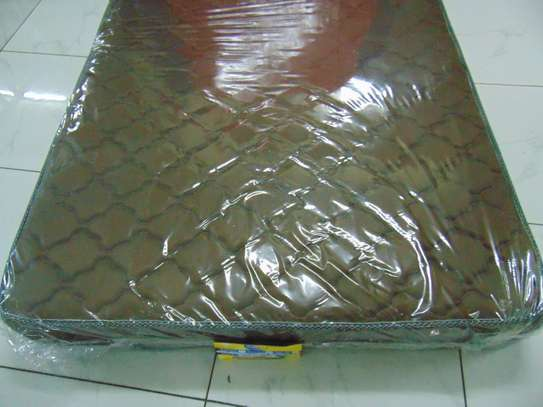 4.5*6*8 EXTRA HIGH DENSITY QUILTED MATTRESSES image 3