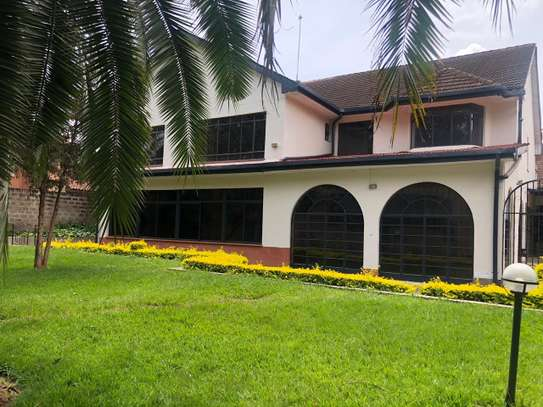 6 bedroom house for rent in Gigiri image 9