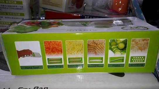 Vegetable slicer/vegetable cutter image 2