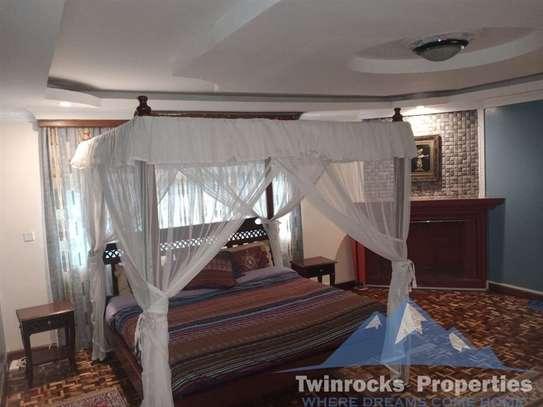Furnished 3 bedroom house for rent in Karen image 15