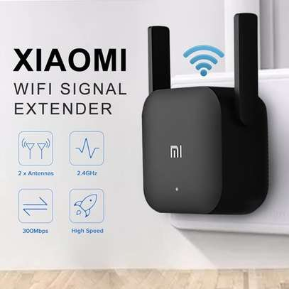 Mi Pro WiFi Extender image 2