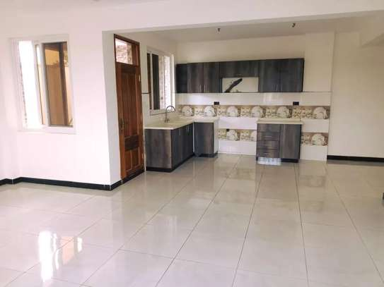 4 bedroom apartment for sale in Nyali Area image 14