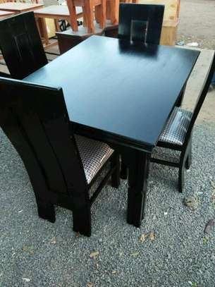 4 seaters dinning tables