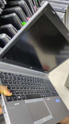 HP 8560P LAPTOPS FOR SALE image 4