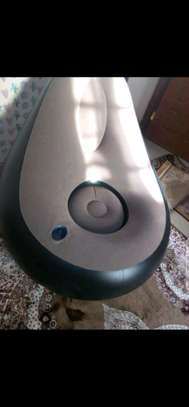 Inflattable seats with a footrest image 2