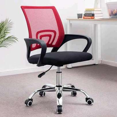An office swivel chair image 1