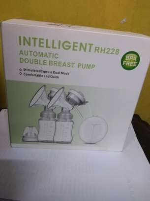 Intelligent Electric Breast Pump comfortable and BPA Free image 1