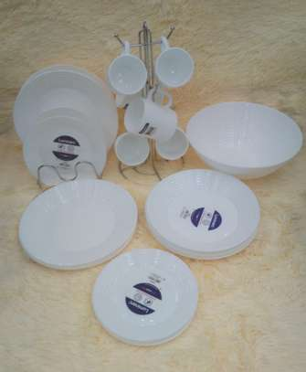 25 Piece Luminarc Dinner set