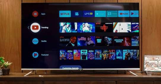 Skyworth 32 inch New Android Frameless Smart Digital TVs image 1