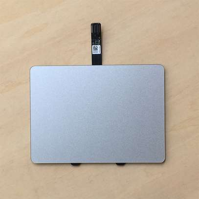 "Macbook Pro Unibody 13"" A1278 Trackpad image 5"