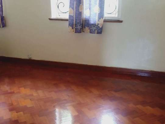 5 bedroom house for rent in Loresho image 12