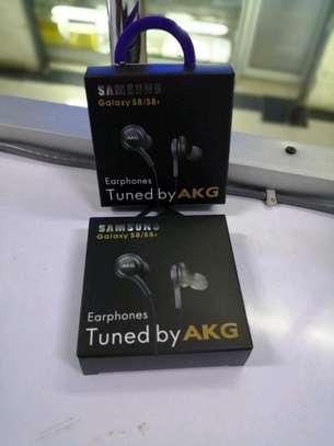 AKG earphones image 1