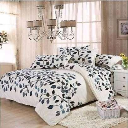 DUVETS & BED SHEETS image 1