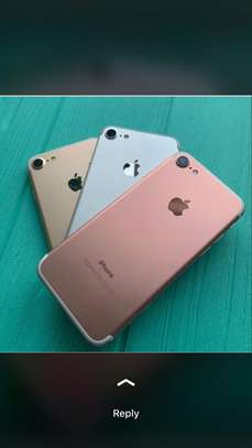 iPhone 6s 64 GB on offer image 1