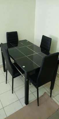 Dining table (kuoi)