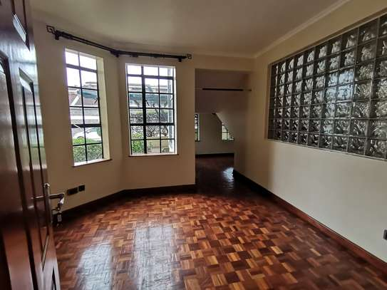 AN OUTSTANDING AND AFFORDABLE THREE STOREY 5 BEDROOM TOWNHOUSE image 13