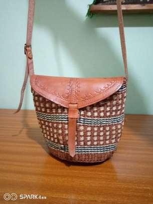 Stylish kiondo bags image 7