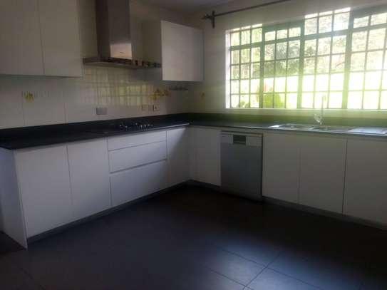 4 bedroom house for rent in Runda image 6