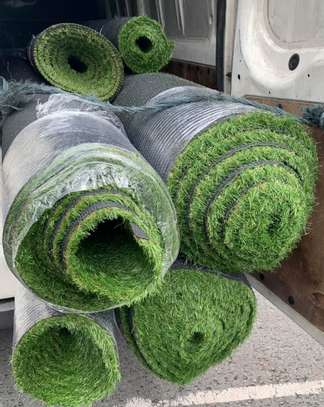 SYNTHENTIC GRASS 20MM THICK 2000/= PER SQUARE METER image 1
