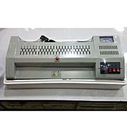 INNOVIA Laminating machine image 1