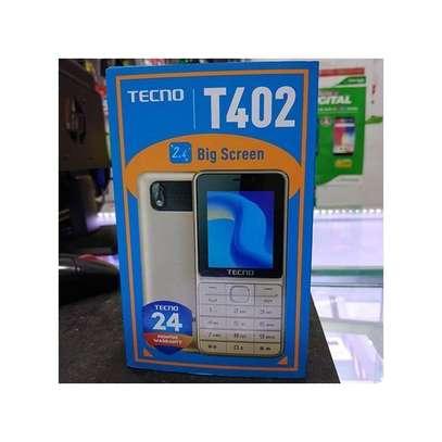 Tecno T402 3 SIM feature phone image 2