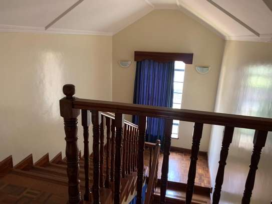 4 bedroom townhouse for rent in Lavington image 18
