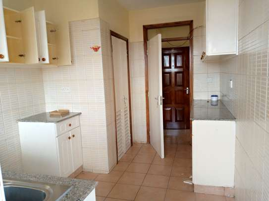 3 bedroom apartment for rent in South C image 5