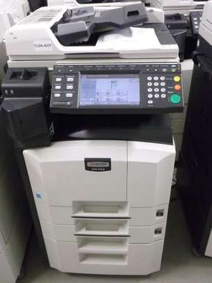 Newest Kyocera KM 2560 photocopier machine image 1