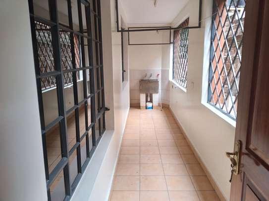 3 bedroom apartment for rent in Rhapta Road image 7