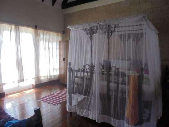 Furnished 3 bedroom villa for rent in Runda image 17