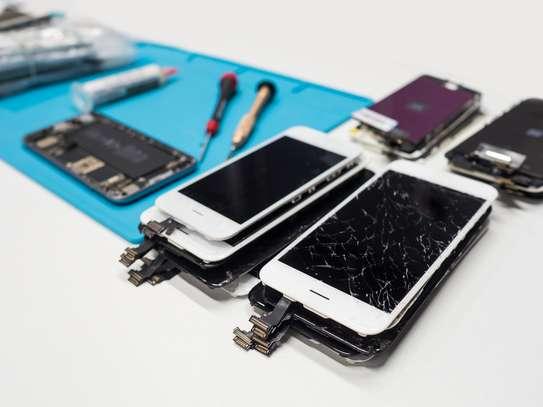 Phone Screen Repair image 1