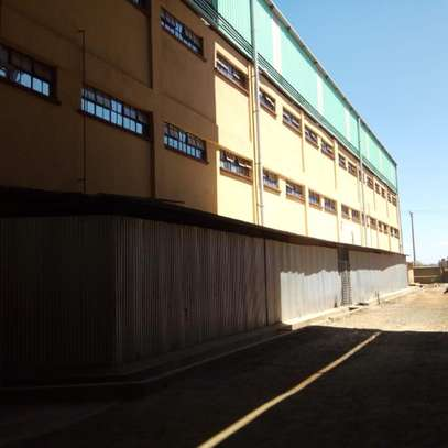 90000 ft² warehouse for rent in Juja image 2