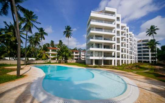 3br executive beach penthouse apartment for rent in Bamburi Beach. 2430 image 1