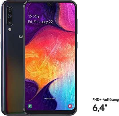 Samsung Galaxy A50, 128GB, 6.4″ Infinity-U Display image 2