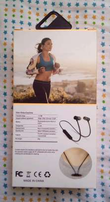 wireless Bluetooth earphones image 2