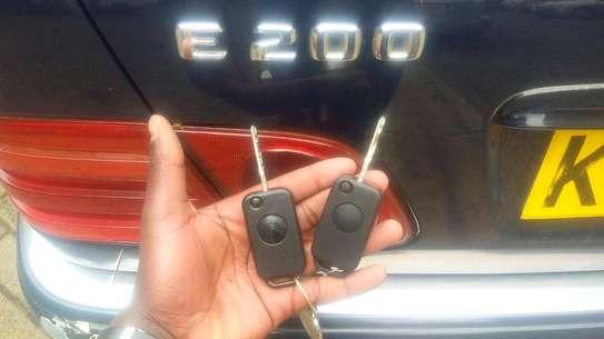car key programming image 2