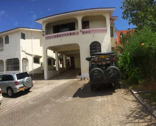 2br House for Rent in Nyali.HR11-NYALI image 1