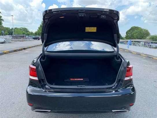 Lexus LS 4.6 V8 image 13