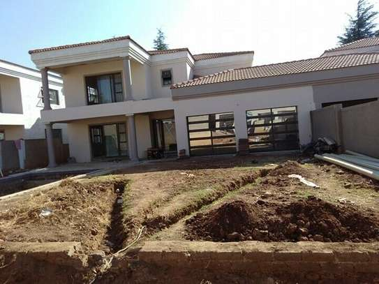 Handyman Services, Maintenance -Repairs Tiling Roofing,carpentry etc image 3