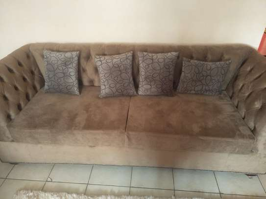 Classic 3 seater Chesterfield sofas. image 2