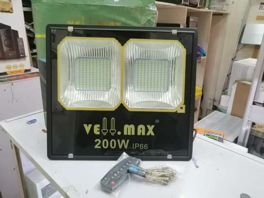 200 Watts High Output Quality Vellmax Outdoor Security LED Solar FloodLight image 2