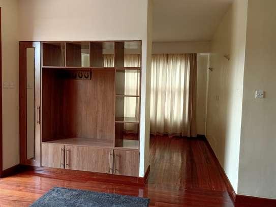4 bedroom house for rent in Garden Estate image 6