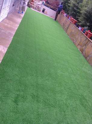 IDEAL GRASS CARPET TO TRANSFORM YOUR BACK YARD
