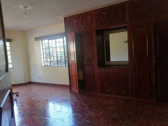 4 bedroom apartment for rent in Rhapta Road image 15